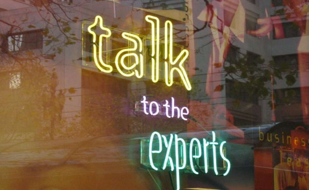 """""""talk to the experts"""" by Mai Le is licensed under CC BY 2.0"""
